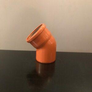 rördel med 110 mm diameter och och en 45 graders böjning