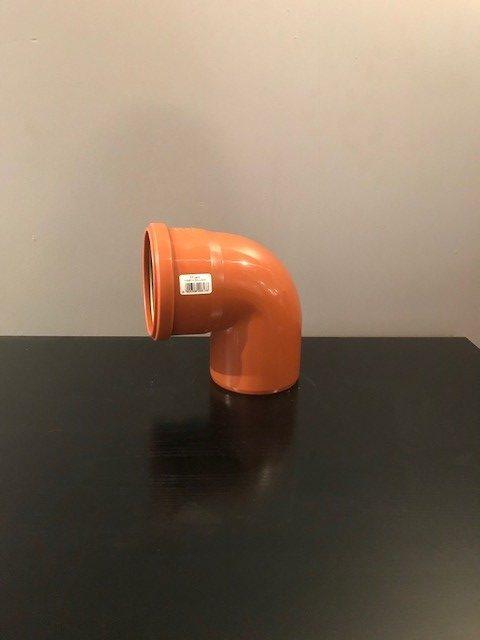 rördel med 110 mm diameter och och en 90 graders böjning
